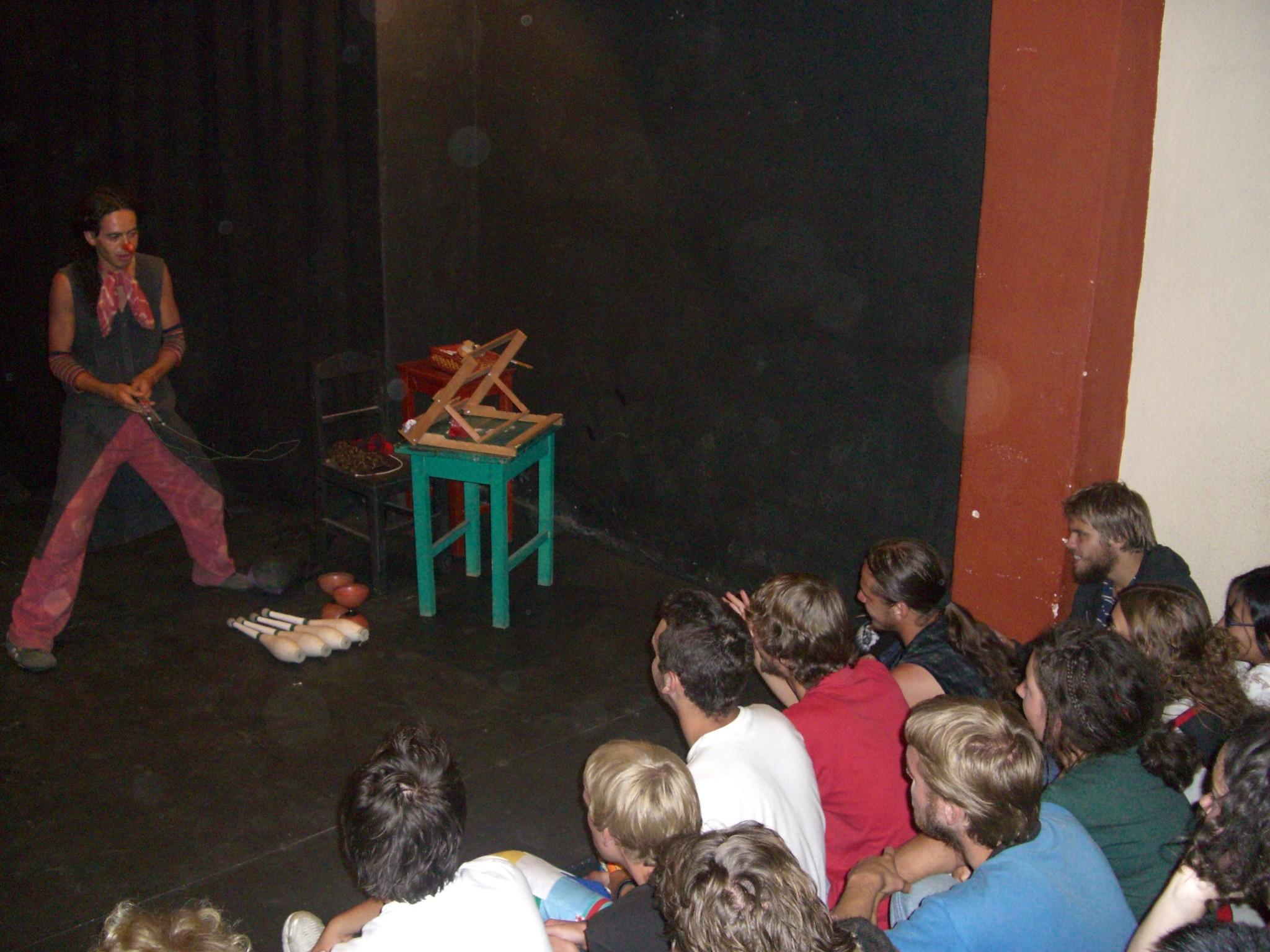 zt2007_cocha_hecho_a_mano_doctores_de_alegria_cimg6011